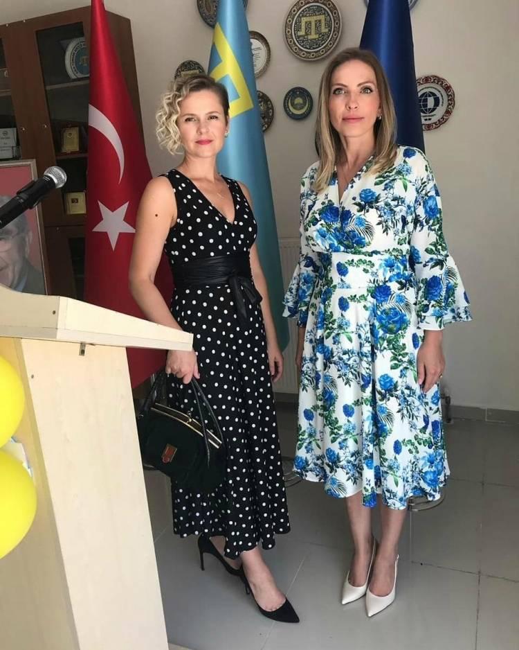 Президент на зустрічі з українською та кримськотатарською громадами Туреччини: Кожен з вас є важливим для України